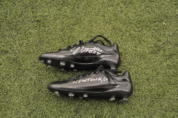 Spiller's cleats raise almost 5K for Sandy Hook