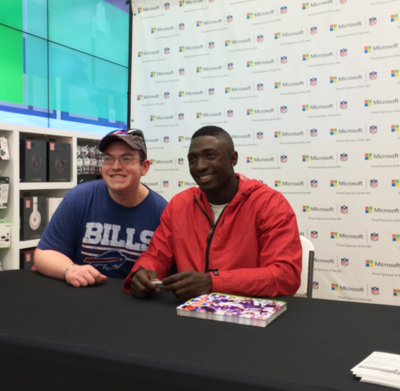 tj-microsoft-event-bills-fan