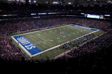 A general overall wide angle view from the upper deck of the Edward Jones Dome during a NFL football game between the New York Giants and St. Louis Rams on Sunday, Dec. 21, 2014 in St. Louis. The Giants won the game, 37-27. (AP Photo/G. Newman Lowrance)